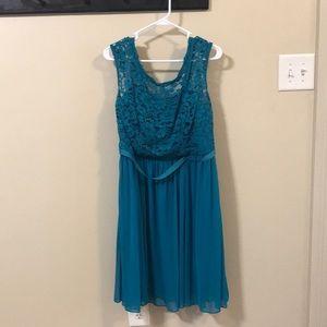 David's Bridal Bridesmaid dress size 16 Oasis